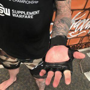 fightnight-gloves-inside1